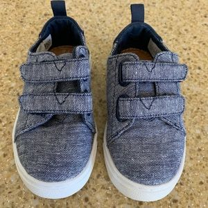 Toms shoes toddler size 6 unisex